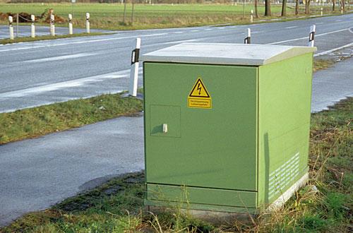 Typgeprüfte Sicherheit für Lahmeyer/Piller-Stationen.